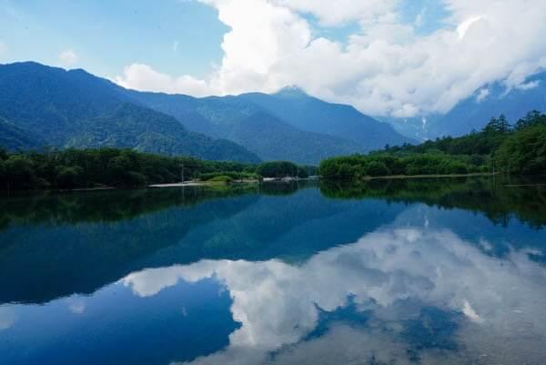 上高地の大正池 リフレクション